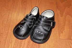 Wee Squeak Shoes Toddler Size 8