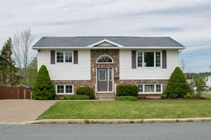 **OPEN HOUSE Today** Millwood with Detached Garage!