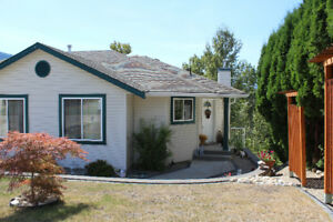 Bright and beautiful 3 bd, 2 bathroom main floor Salmon Arm