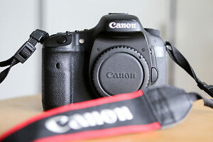 Canon EOS 7D Body only-29101 déclenchements /shutter actuations