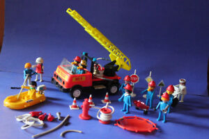 1975 PLAYMOBIL RESCUE SET (VIEW OTHER ADS)