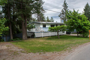 FOR SALE: 5215 Pineridge Road, Peachland, V0H 1X8