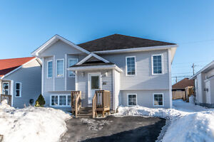86 Coventry Way - $299,900