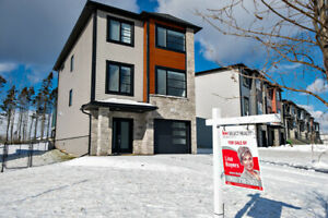 4 bedroom, 8 month new house, West Bedford