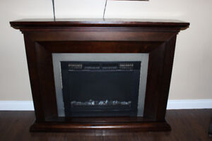 Electric Fireplace w/ Mantle