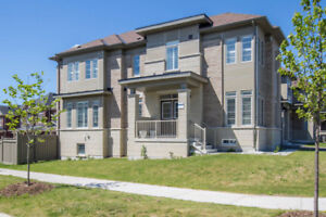 Spacious 4 Bedroom Home for Sale in Aurora