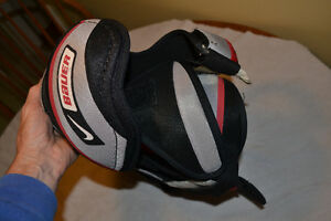 Nike Bauer Supreme 70 Shoulder Pads - junior London Ontario image 4