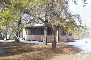 Well Maintained cottage in Belair, just north of Grand Beach