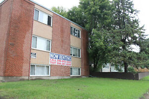 813 Idylwyld Drive - 1 & 2 BR - NEW MOVE IN DISCOUNTS!
