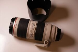 Canon 70-200mm f/2.8 IS L Lens (Version 1 with IS)