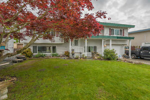 Beautiful Fairfield Island Family Home  Chilliwack BC