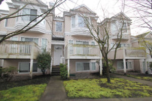 3-4 bedroom Townhouse Richmond, next to Schools and Park
