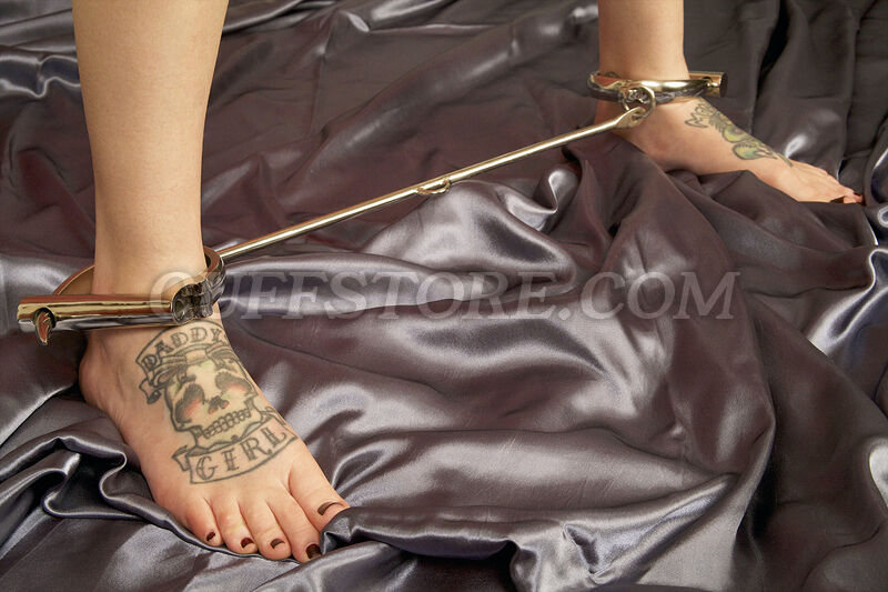 Leg Spreader Bar Legirons Darby Legcuffs Leg Irons Ankle Feet Restraint - Large