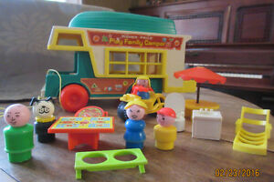 Fisher Price Play Family Camper #994 1972