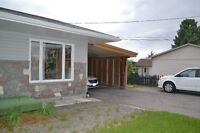 3 BEDROOM APARTMENT LARGE  MAIN LEVEL WITH CARPORT IN ROCKLAND
