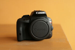 Canon EOS Rebel SL1, 18 Mpx , Seulement 475$, Comme Neuf