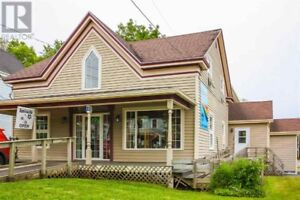 Commercial Property In Wolfville For Rent - 10 Gaspereau Ave