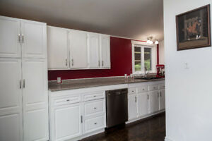 FULL HOUSE AVAILABLE!! 3 BEDROOMS AVAILABLE FOR RENT!