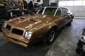 1976 Firebird Formula 400 4 speed manual