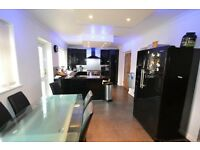 5 BED HOUSE TO RENT IN SEVEN KINGS! VERY MODERN AND CLEAN. CLOSE TO GOODMAYES STATION.
