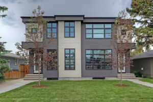 3 Bed/3 Bath Townhouse For Rent in Glenbrook, Calgary