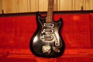 FOR SALE  1965 HAGSTROM III  VINTAGE  GUITAR