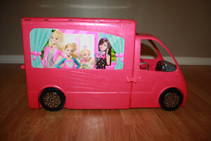 Barbie Glam Camper Life in the Dreamhouse
