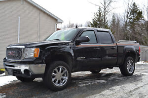 2011 GMC Sierra Ultimate Pickup Truck