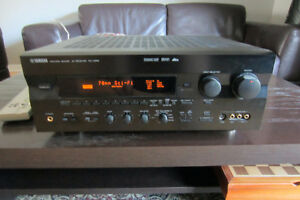 Audio/Video Receiver YAMAHA RX-V995,5.1 CH/100W.tel.514-996-9207
