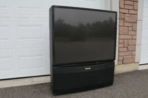 51 INCH PROJECTION TV