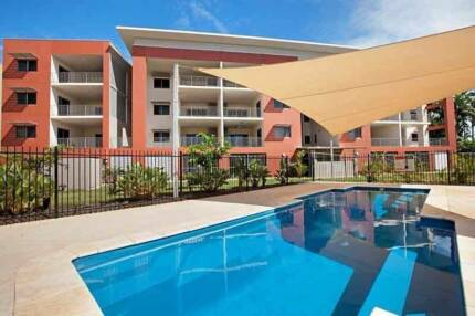 Huge Parap Shared Unit: Free WiFi & Pool. ENSUITE Master Availabl