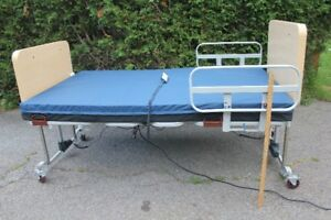 Adjustable Electric Hospital Bed (for a home) manufactured 2015