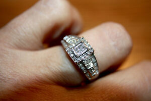 1/2 Carat Square Halo Diamond Cluster Ring 10k White gold!