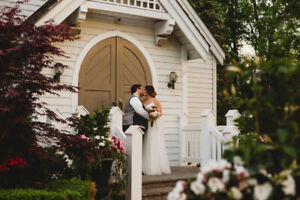 Elopement and Small Wedding Photographer