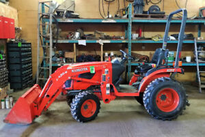 Agricultural Auction - Combines, Headers, Tractor, Vehicle Fleet