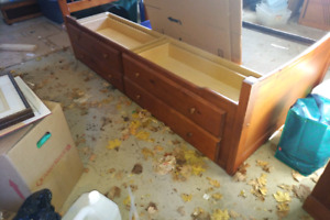 Mate's bed and dressers