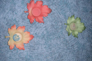 Partylite - 3 small leaves candle holder
