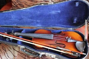 1920's-30's VIOLIN 1/2 Size, CASE, BOW (VIEW OTHER ADS) Kitchener / Waterloo Kitchener Area image 8
