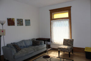 Room for Rent in Prime Student Location from Jan 1 - April 30