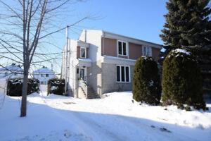 Maison impeccable, St-Francois (Laval)