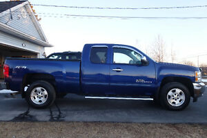 ***2013 Chevrolet Silverado 1500 LT... ONLY 43,500kms!!***