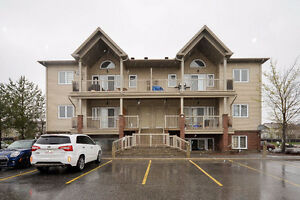 2 Bedroom, Mid-level condo in Barrhaven for sale