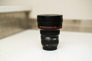 Like New: Canon 11mm-24mm F4L