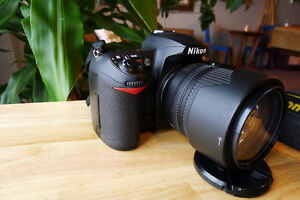 Nikon D200 with Nikon DX 18-105 lens  Excellent Condition