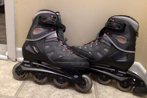 Rollerblades  9 (homme) ou 10,5 (femme) (marque Technica)