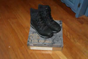 Northface north face boots shoes leather size 11.5 excellent Men