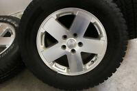 5 PNEUS A NEIGE,SNOW TIRES WITH RIMS 255/70R18 JEEP