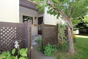 3 bed, 1.5 bath townhouse