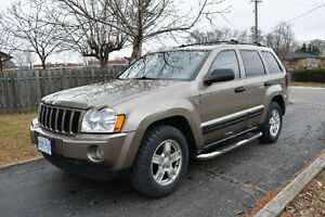 2005 Jeep Grand Cherokee 4.7 V8 THE BEST FOR WINTER!!!!!