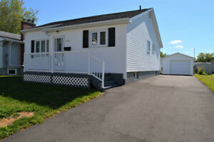 House for sale / Maison à vendre